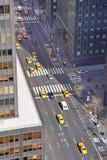 Viale nel Midtown Manhattan Immagine Stock Libera da Diritti