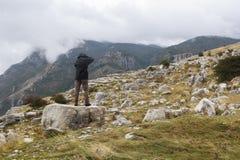 Viandante della montagna Fotografie Stock Libere da Diritti