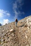 Viandante sulle dolomia Fotografia Stock