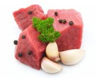 Viande brute avec des épices Images libres de droits