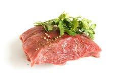 Viande crue fraîche de boeuf avec des épices Images stock