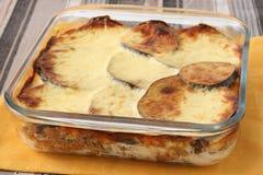 Viande cuite au four avec des légumes Photographie stock