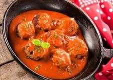 Viande dans la casserole Photos stock