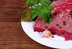 Viande et épice brutes Images libres de droits