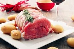Viande sur la table Photos libres de droits