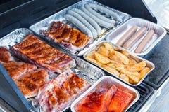 Viande sur le barbecue Photos libres de droits