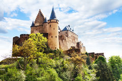 Vianden城堡设防,卢森堡 库存图片