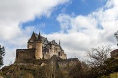 Vianden medeltida slott i Luxembourg Arkivfoton
