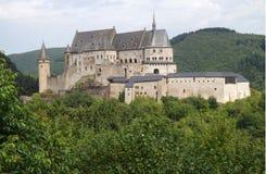 Vianden slott Luxembourg Arkivbild