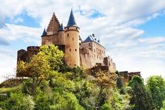 Vianden slottbefästningar, Luxembourg Fotografering för Bildbyråer