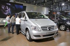 viano de los vehículos comerciales del Mercedes-Benz Imagenes de archivo