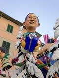 VIAREGGIO, ITALIA - 23 DE FEBRERO: máscara alegórica de mini primero Fotos de archivo libres de regalías