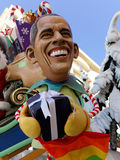 VIAREGGIO, ITALIA - 23 DE FEBRERO: máscara alegórica del presid de los E.E.U.U. Fotografía de archivo