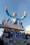 VIAREGGIO, ITALIEN - 20. FEBRUAR:   allegorisches Floss zu Ehren Lizenzfreies Stockbild