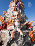 VIAREGGIO ITALIEN - FEBRUARI 2: allegorical flöte av herr Berlusconi Arkivfoton