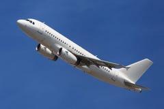 Vias aéreas Airbus A319 de Olympus Foto de Stock Royalty Free