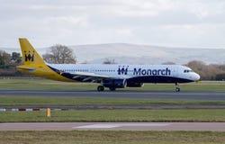 Vias aéreas Airbus A321 do monarca imagem de stock royalty free