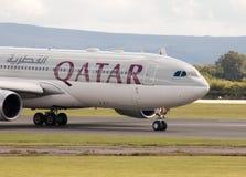 Vias aéreas A330 de Qatar Fotos de Stock Royalty Free