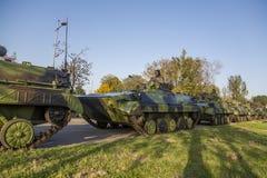 Viaturas de combate da infantaria das forças armadas sérvios Imagem de Stock Royalty Free
