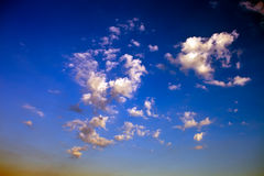 Vibrant cloudy sunset Royalty Free Stock Photography