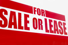 Vibrant For Sale Or Lease Sign - Closeup Royalty Free Stock Photos