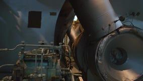 Vibration nära huvudsakliga motorturbor för skyttel lager videofilmer