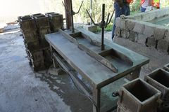Vibration table with strong grip. For concrete samples casting in laboratory Stock Images