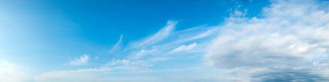Vibrierende Farbpanoramischer Himmel Lizenzfreie Stockbilder