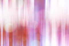 Vibrierende vertikale Unschärfeabstraktions-Rosalinien Lizenzfreie Stockfotografie