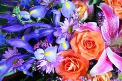 Vibrierender Blumenstrauß der Blumen Lizenzfreies Stockbild