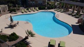 Vibrierender Wohnungs-Swimmingpool Stockbild