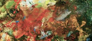 Vibrierendes Öl oder Acrylfarbe auf benutzter Künstler ` s Palette für das Zeichnen und das Malen Stockfoto