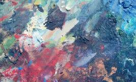 Vibrierendes Öl oder Acrylfarbe auf benutzter Künstler ` s Palette für das Zeichnen und das Malen Stockbild