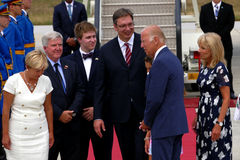 Vice-président Joseph 'Joe' Biden des USA arrive à Belgrade Photos stock