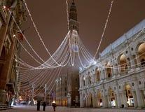 Vicenza City i Italien den huvudsakliga fyrkanten med det höga tornet kallade Tor Royaltyfria Foton