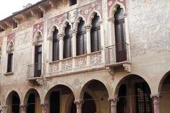 Vicenza (Italien): historische Gebäude lizenzfreies stockbild