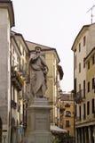 Vicenza Italy-standbeeld van beroemde architect Andrea Palladio Royalty-vrije Stock Afbeelding