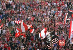 VICENZA, VI, ITALIA - 6 de abril fans durante un partido de fútbol en Imagenes de archivo