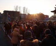 Vicenza (VI) Italien 1st Januari 2016 Fredmars wa för många personer Arkivfoto