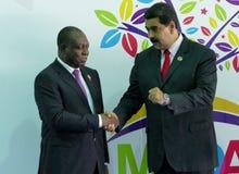 Vicepresidente angolano, Manuel Domingos Vicente y presidente venezolano Nicolas Maduro fotografía de archivo