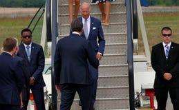 Vicepresidente José 'Joe' Biden de los E.E.U.U. llega en Belgrado Imagenes de archivo