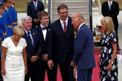 Vicepresidente José 'Joe' Biden de los E.E.U.U. llega en Belgrado Fotos de archivo