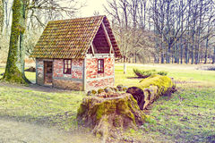 viciniy的老砖房子Ungermuizha庄园,拉脱维亚 免版税库存照片