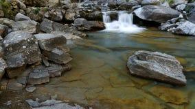 Vicino alla cascata del Horsetail (Cola de Caballo) Fotografie Stock Libere da Diritti