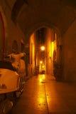 Vicolo alla notte in Monpellier, Francia Fotografia Stock