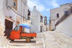 Vicolo. Ceglie Messapica. La Puglia. L'Italia. Fotografia Stock Libera da Diritti
