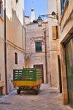 Vicolo. Conversano. La Puglia. L'Italia. Immagine Stock Libera da Diritti