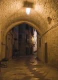 Vicolo entro la notte. Giovinazzo. Apulia. Fotografia Stock Libera da Diritti