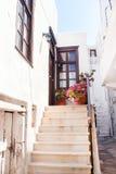 Vicolo greco tradizionale sull'isola di Naxos Fotografia Stock Libera da Diritti