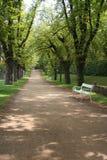 Vicolo nei giardini del castello Fotografie Stock Libere da Diritti